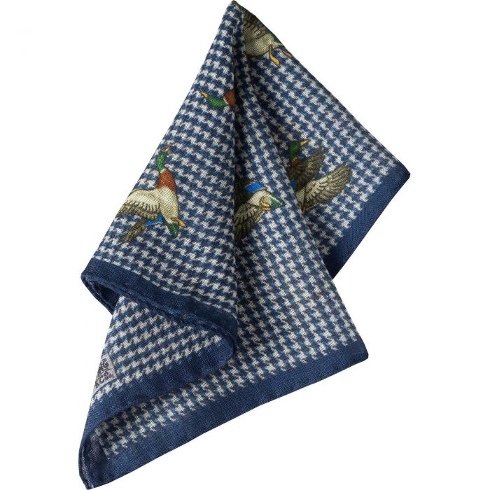 Blue Duck Houndstooth Wool Hank