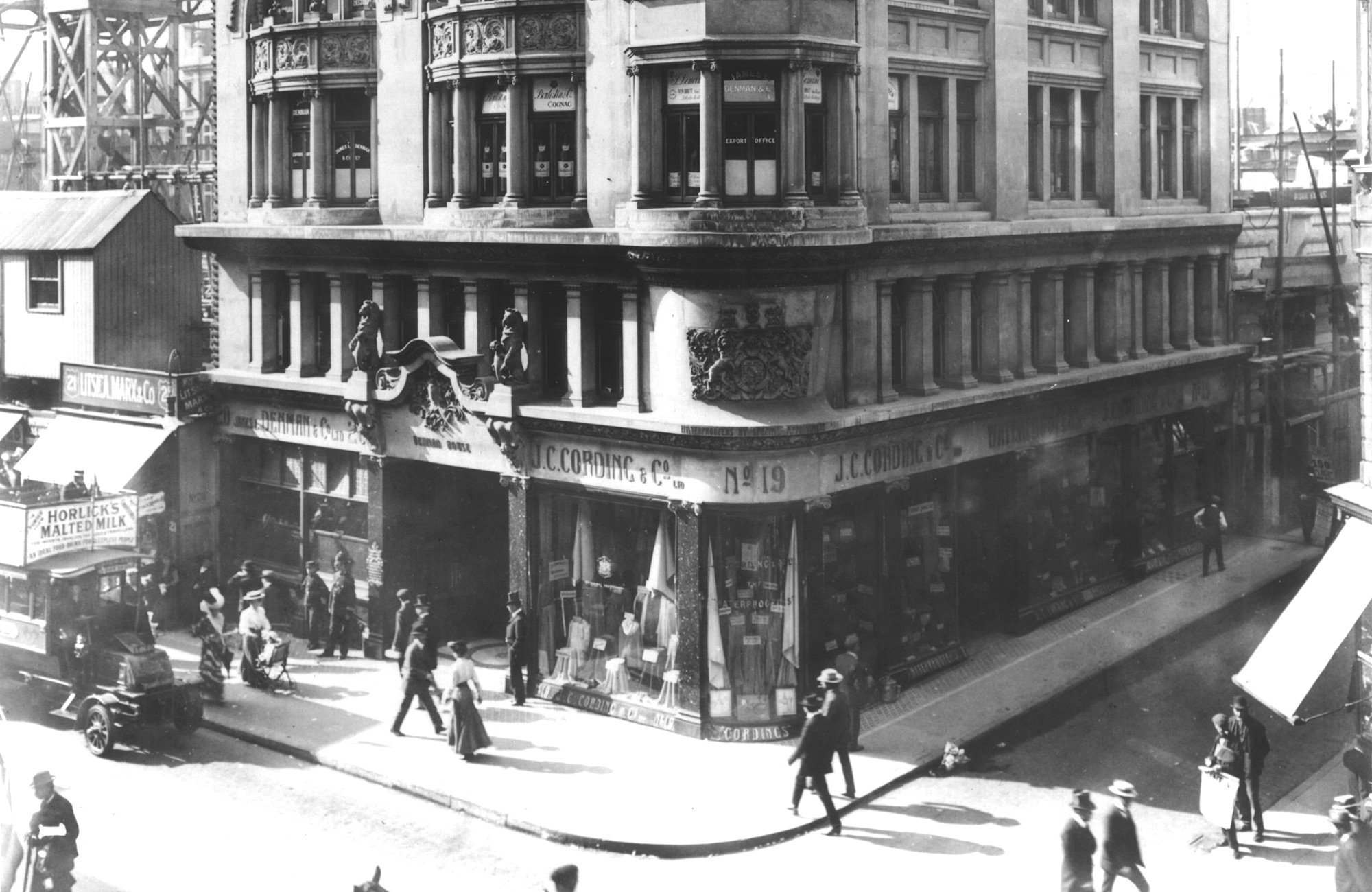 Cordings in Piccadilly circa 1906